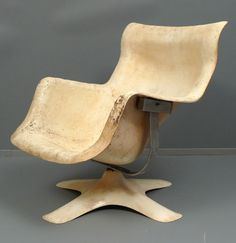 Molded Fiberglas and Chromed Metal 'Karuselli' Chair for Haimi, Funky Furniture, Contemporary Furniture, Furniture Design, Eames Chairs, Arm Chairs, Wooden Chairs, Lounge Chairs, Accent Chairs, Dining Chairs