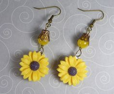 'Summer Sunshine Earrings' is going up for auction at  9am Mon, Jul 23 with a starting bid of $3.