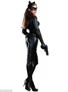 Anne Hathaway in her Catwoman suit for The Dark Knight Rises. Rrrrrr....
