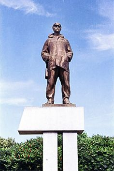 Lakatoš č 3 upravený Bratislava, Socialism, Statue Of Liberty, Liberty Statue