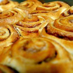 Vaníliás darázsfészek Apple Pie, Waffles, Bacon, Breakfast, Cake, Food, Morning Coffee, Mudpie, Waffle