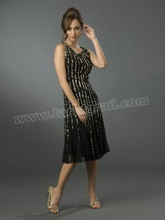 Cute Scoop Neck Short Sheath Tulle Sequined Sleeveless Cocktail Party Dresses