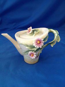 Franz Porcelain Tea Pot - FRANZ PORCELAIN - DAISY FLOWER DESIGN SCULPTURED TEAPOT RARE - BNIB!