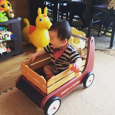 Instagram media kanab28 - ✴︎ 2015.6.22 ✴︎ お熱も下がり、ごきげんの息子くん。 ✴︎ あっという間の9カ月… ✴︎ ゆっくりゆっくりおおきくなってね。 ✴︎