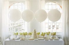 """Huge Giant High Quality White Balloons up to 36 """" inch 3 feet 91 cm XL Jumbo wedding babyshower decoration sweet table wedding centrepiece"""
