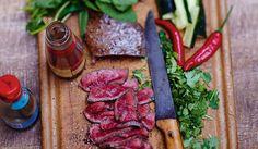 Elle - lehden julkaiseminen on loppunut Suomessa Chili, Steak, Food, Chile, Essen, Steaks, Meals, Chilis, Yemek