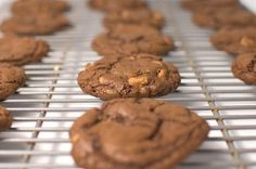 No  Flour Chocolate Peanut Butter Cookies ~ Warm cookies fresh from the oven and only 4 carbs each!