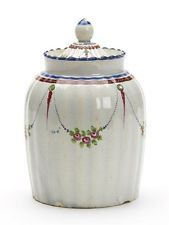 ANTIQUE HAND PAINTED PEARLWARE TEACADDY & COVER LATE 18TH C