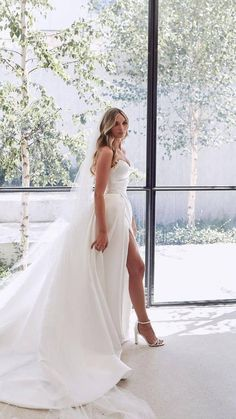 Cute Wedding Dress, Dream Wedding Dresses, Perfect Wedding, Bridal Dresses, Backless Wedding Gowns, Simple Classy Wedding Dress, Modern Wedding Dresses, Popular Wedding Dresses, Minimalist Wedding Dresses