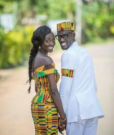 The most classic collection of beautiful traditional and ankara styles and designs for couples. These ankara styles collections are meant for beautiful African ankara couples Ankara Short Gown Styles, Trendy Ankara Styles, Kente Styles, Short Gowns, Aso Ebi Styles, African Attire, African Wear, African Outfits, African Clothes