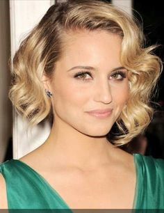 Ombre Bob Hairstyle: Sexy Short Curly Hairstyle for Women