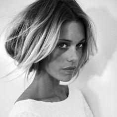 Les faits sont là. Ces derniers temps, beaucoup ont cédé à la tentation du « Fake Bob », cette coiffure moderne et travaillée adoptée par les longues crinières… Curieuse ? Azzo vous dit tout !  #azzoprofessionnel #fakebob #fauxbob #hairsyle #tendancecoiffure
