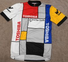 My first favorite cycling team/jersey when I was just a brand-new roadie. Cycling Shoes, Cycling Art, Cycling Outfit, Road Cycling, Look Bicycles, Bicycle Clothing, Cycling Clothing, Team Cycling Jerseys, Mtb Shorts
