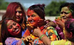 Holi Festival of Colours India Holi Festival Of Colours, Cool Photos, Beautiful Pictures, Hindu Festivals, Spring Festival, Nature Photos, Natural, How To Memorize Things, Culture