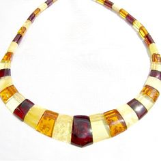 http://www.amberparadise.com/images/shop_items/necklace219big.jpg