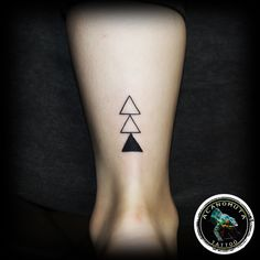 Triangle Tattoo is a good choice fo a small tattoo on foot.