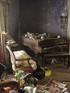 This Ivy House - Grey Gardens' interior deteriorationbohemian...