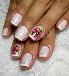 Manicure, Glitter, Beauty, Glitter Fade Nails, Flower Nails, Nail Bling, Designed Nails, Gorgeous Nails, Adhesive