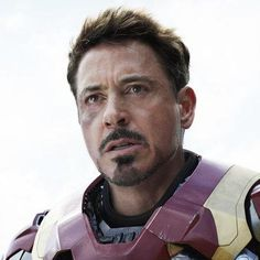 Chris Evans Isn't the Only Hot Guy in <em>Captain America: Civil War</em>: Description: See the movie's sexiest stars. Shares Per Hour:Viral=661
