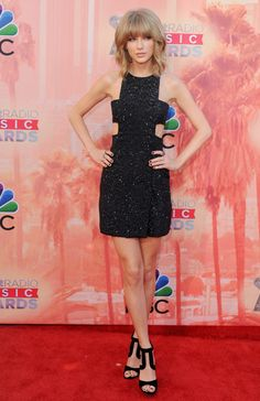 From Taylor Swift To Iggy Azalea: See Every Last Look From The iHeartRadio Music Awards Red Carpet
