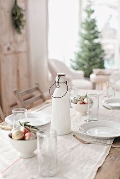 Super suggestions for dining design for your Holiday. ChefThymeSavor.com