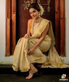 South Indian Actress Photo, Indian Actress Images, Tamil Actress Photos, Beautiful Indian Actress, Indian Actresses, Best Photo Poses, Girl Photo Poses, Girl Photos, Onam Photos