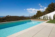 ⇢ Construir una #piscina 🏊 Crea el entorno perfecto para una vida a remojo #tendencias #arquitectura