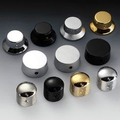 Speed Knobs: Control knobs in 8 original Schaller finishes, made of solid brass.