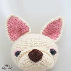 Crepe the French Bulldog amigurumi crochet pattern by Emi Kanesada (Enna Design)