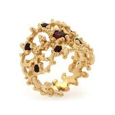 CORAL Gold Ring with Garnets | Arosha Luigi Taglia