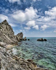 Things that make me happy. [Back to the blue] . . . #welltravelled #featuremeinstagood #world_shotz #worldwide_shot #beautifuldestinations #agameoftones #huffpostgram #chasinglight #ptk_nature #loves_madeinitaly #volgoitalia #mytinyatlas #seascape #yallersitalia #italy_vacations #loves_italia #top_italia_photo #phototag_it #huntgram #browsingitaly #seemycity #travelawesome #princely_shotz #splendid_shotz #letsgosomewhere #spring4igers #italiainunoscatto #italian_trips #nature_wizards…