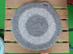 FRU INEZ - virkat, stickat & sytt: Tovade sittunderlägg I Cord, Finger Knitting, Kaffe, Needle Felting, Loom, Rugs, Knitting Ideas, Crocheting, Felting