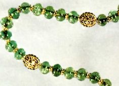 Emerald beads with gold gauds 16th Century Fashion, Prayer Beads, Markers, Emerald, Beaded Bracelets, Rosaries, Detail, Green, Gold