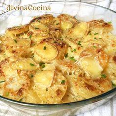 Este gratén de patatas al queso es nuestra versión de los gratenes clásicos de la cocina francesa. La receta es muy sencilla.