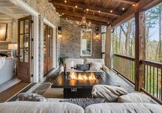 Modern Cottage, Balcony Design, Spring Home, Porch Decorating, Cozy House, Home Values, Curb Appeal, Outdoor Decor, Outdoor Living