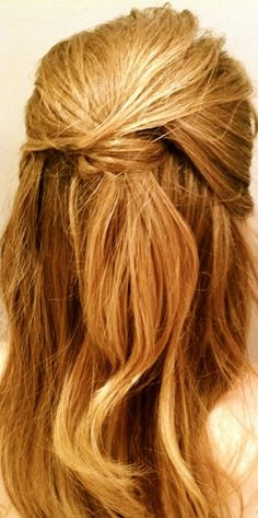 simple but pretty way to keep your hair out of your face