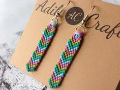Simple Chevron Friendship Bracelet Pattern Number 2 - For more patterns and tutorials visit our web or the app!