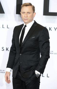 Daniel Craig - Celebs at the 'Skyfall' Premiere in Berlin