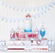 Blue candy bar. Miami style decoration. Flamingo decoration ideas.