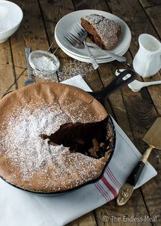 Dark Chocolate Skillet Soufflé with Tonka Bean Cream {gluten and dairy free soufflé} Great Desserts, Dessert Recipes, Souffle Recipes, Chocolate Souffle, Chocolate World, Gluten Free Sweets, Baking Recipes, Meal Recipes, Recipies