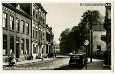Almelo, Wierdensestraat met Gemeentehuis