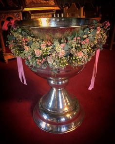 Fleurs trikala Church Flower Arrangements, Flower Decorations, Christening, Events, Sinks, End Of Year, Floral Arrangements, Drive Way, Centerpieces