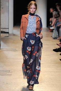 Paul & Joe Spring 2015 Ready-to-Wear - Collection - Gallery - Style.com Image Fashion, Vogue Fashion, Fashion Week, Look Fashion, High Fashion, Fashion Show, Fashion Outfits, Womens Fashion, Fashion Trends