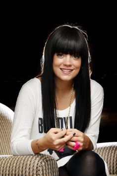 Lily Allen why is your hair so perfect! It's crazy perfect!