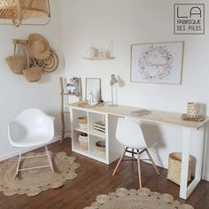 Discover recipes, home ideas, style inspiration and other ideas to try. Guest Room Office, Home Office Space, Home Office Design, Home Office Decor, Home Decor, Tiny Office, Study Room Decor, Bedroom Decor, Girl Bedroom Designs