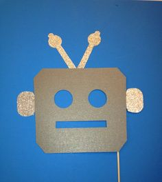 Photo Booth Props - 1 Piece Photo Booth Prop Set- Robot Mask- Photo Booth Prop with Glitter by CraftingbyDenise on Etsy Puppets For Kids, Robots For Kids, Photos Booth, Photo Booth Props, Preschool Crafts, Toddler Crafts, Futuristic Party, Robot Mask, Maker Fun Factory Vbs