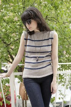 """A BEAUTIFUL free sweater pattern that's """"no-sew"""" by the ever-so talented Stefanie over at A Common Thread.  I love her blog!!"""