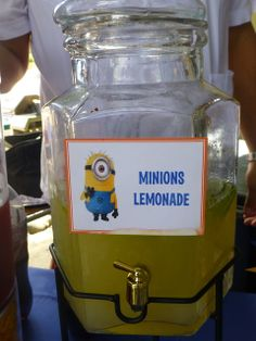 Anniversaire enfant thème Minions - Distributeur de boisson thème Minions - Minions Birthday