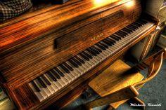 piano wood grain http://pinterest.com/cameronpiano