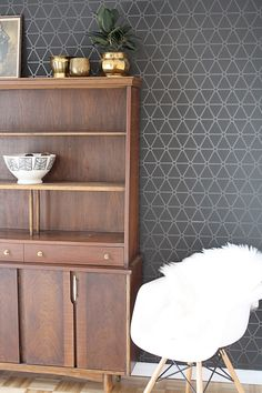 Be sure to check out Walls Republic featured on the blog @hellolidy this week in Lidy's dining room transformation! Get inspired!